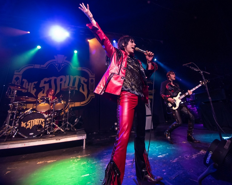 British Glam Rockers The Struts Continue To Invade America (PHOTOS)