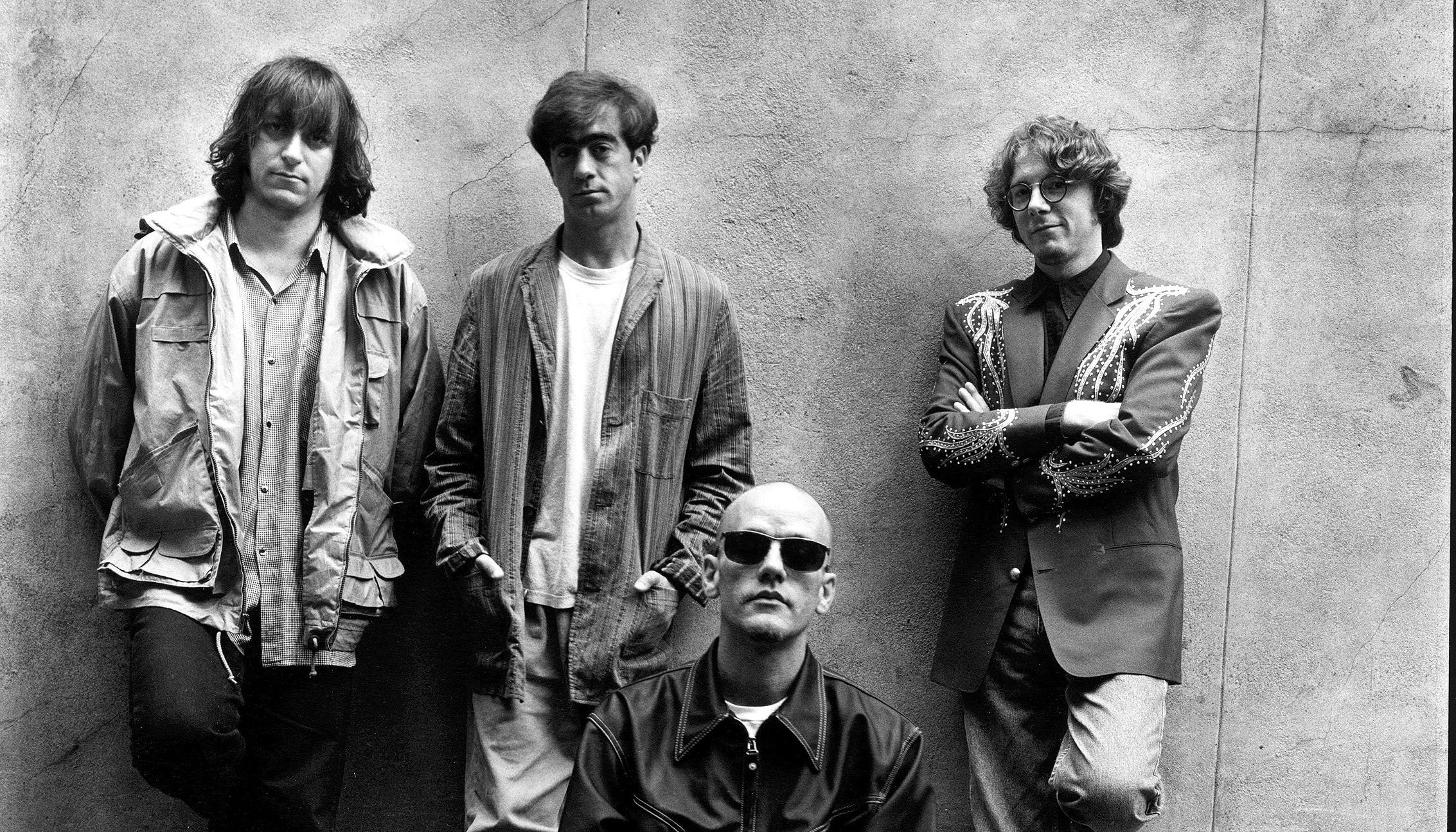 'In Time: The Best of R.E.M. 1988-2003' Brings R.E.M. to Vinyl (ALBUM REVIEW)