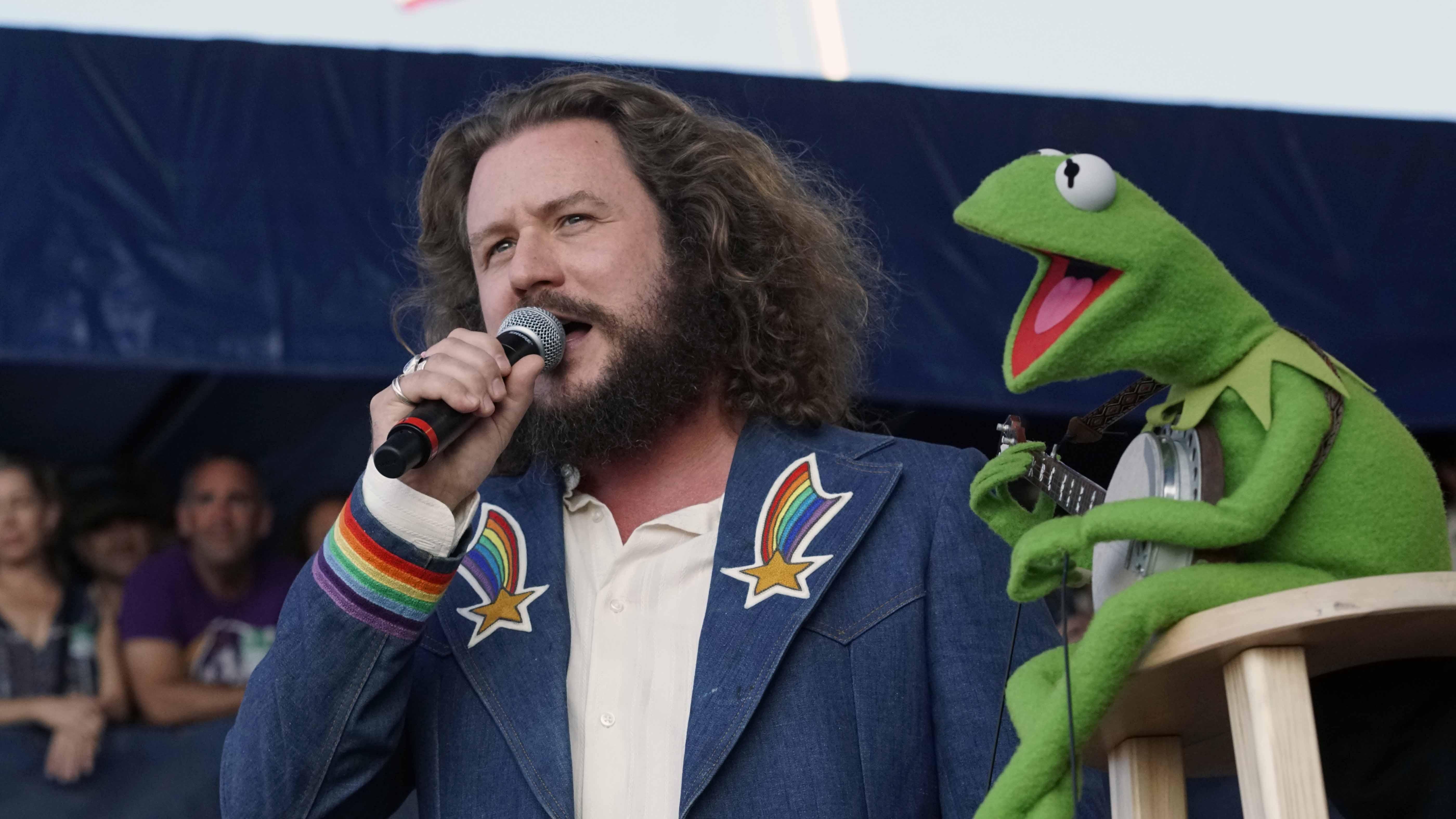 Newport Folk Festival Day 3: Kermit the Frog, Bonny Light Horseman, J.S. Ondara, Phosphorescent Make For A Grand Sunday (FESTIVAL RECAP/PHOTOS)