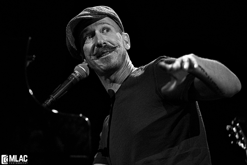 Foy Vance Dispenses Moving & Industrious Set at Somerville Theatre (SHOW REVIEW/PHOTOS)
