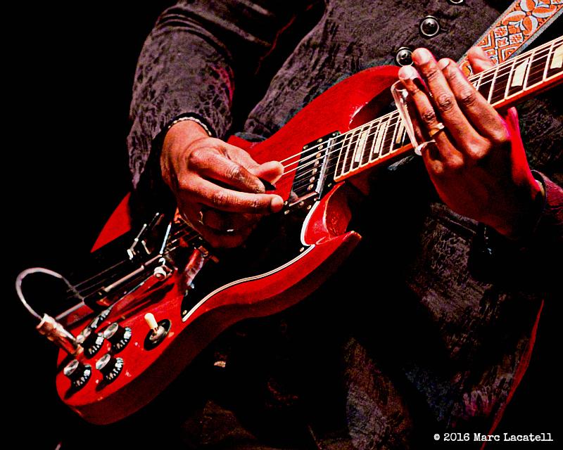 Gary Clark Jr Amp His Vicious Guitar Tone Visit Boston S