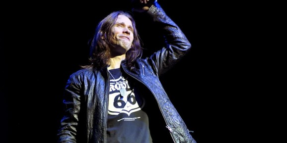 Slash Alter Bridge Amp Solo Artist Myles Kennedy Fronts